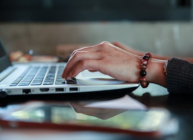 Objektum Orientált webfejlesztő és JAVA alkalmazás-fejlesztő